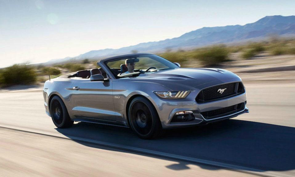 Noleggio lungo termine Ford Mustang Cabrio