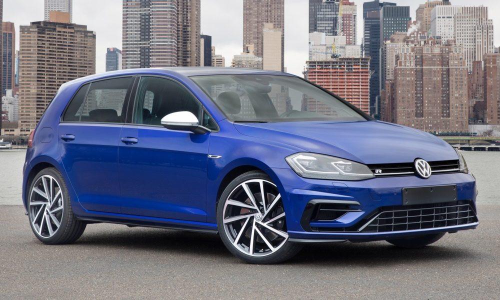 Volkswagen Golf 16 Tdi Business Bmt Noleggio Lungo Termine